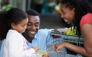 Black_Family_Shopping_article-small_17686