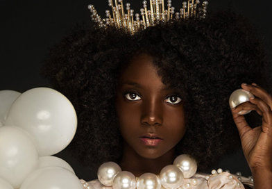 """10-Year Old Entrepreneur, Bullied for Her Dark Skin, Launches """"Flexin' in My Complexion"""" Apparel Line"""