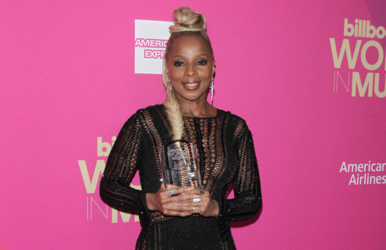 Mary J. Blige launches new Italian wine collection