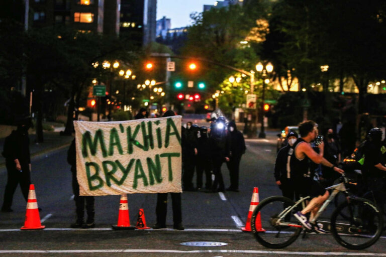 Black Teenager Makhia Bryant Shot Dead by US Police in Ohio, Less Than an Hour Before Derek Chauvin's Conviction